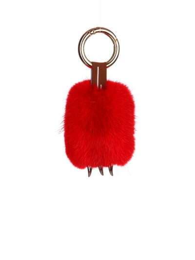 Модный брелок подвеска лапа красная. Фото товара, вид 1