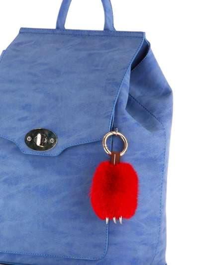 Модный брелок подвеска лапа красная. Фото товара, вид 2