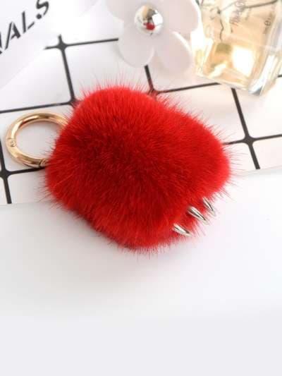 Модный брелок подвеска лапа красная. Фото товара, вид 3