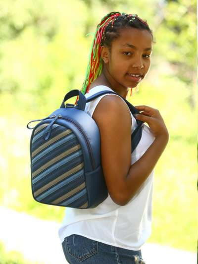 Стильный рюкзак, модель 181472 синий. Фото товара, вид спереди._product-ru