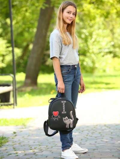Школьный рюкзак, модель 181552 черный. Фото товара, вид спереди._product-ru