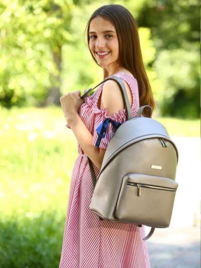 Школьный рюкзак, модель 181713 бронза. Фото товара, вид спереди._product-ru
