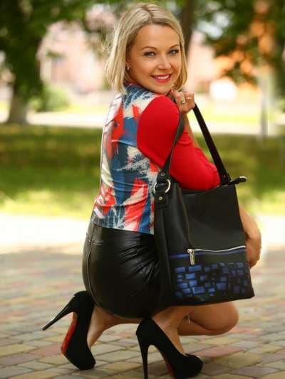 Школьная сумка, модель 181441 черный. Фото товара, вид спереди._product-ru