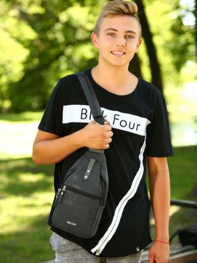 Брендовый моно рюкзак, модель 181654 черный. Фото товара, вид спереди._product-ru