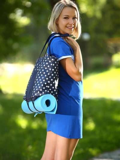 Молодежная сумка, модель 183804 синий/белый горох. Фото товара, вид спереди.