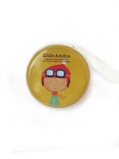 Брендовый чехол для наушников с девочкой оливковый. Фото товара, вид 1