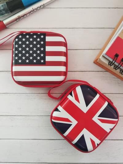 Брендовый чехол для наушников флаг великобритании квадратный красный. Фото товара, вид 2
