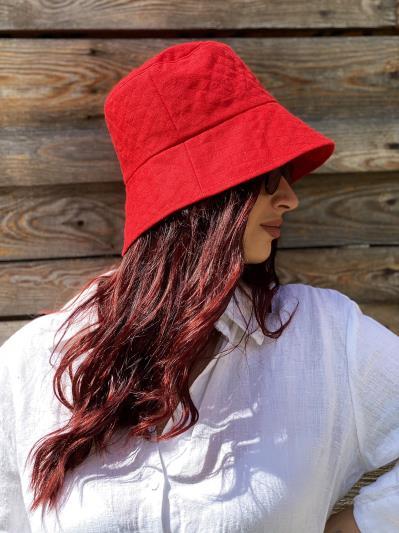 linen island. Лляна жіноча панама червона. Вид 2.