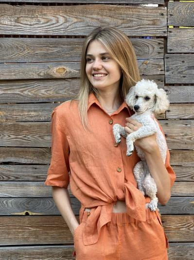 linen island. Лляна сорочка з розрізами помаранчева. Вид 1.