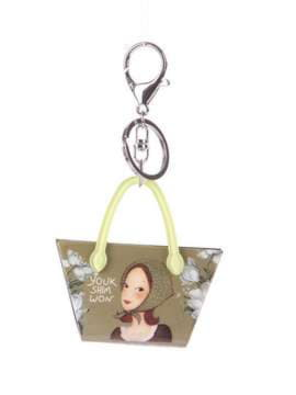 Брендовий брелок сумочка з дівчинкою хакі. Зображення товару, вид 1