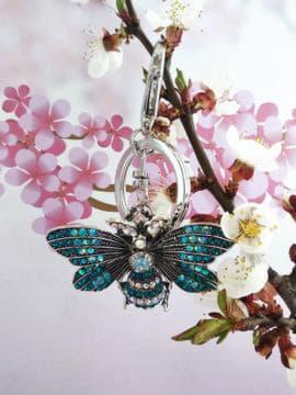 Брендовий брелок метелик нікель в стразах синій. Зображення товару, вид 2