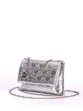 Стильна дитяча сумочка з вышивкою, модель 1822 срібло. Зображення товару, вид збоку.