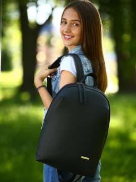 Школьный рюкзак, модель 181452 черный. Изображение товара, вид спереди.