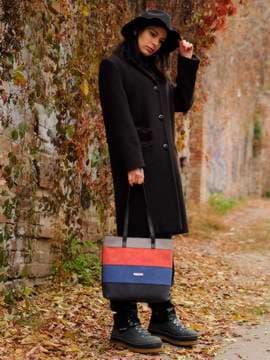 Стильная сумка, модель 181801 черный. Изображение товара, вид сбоку.