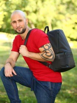 Стильный рюкзак - unisex, модель 181601 черный. Изображение товара, вид спереди.