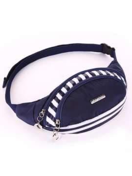 Стильная сумка на пояс, модель 183871 синий/белая полоса. Изображение товара, вид сбоку.