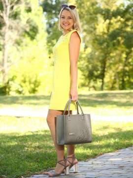 Брендовая сумка с вышивкой, модель E18007 оливковый. Изображение товара, вид сбоку.