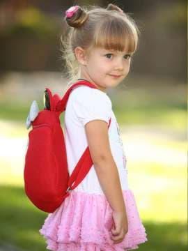 Молодежный рюкзак с вышивкой, модель 1903 красный. Изображение товара, вид спереди.