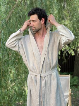 Фото товара: чоловічий лляний халат з каптуром натуральний. Вид 2.