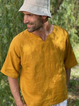 Фото товара: лляна чоловіча футболка гірчична. Вид 2.