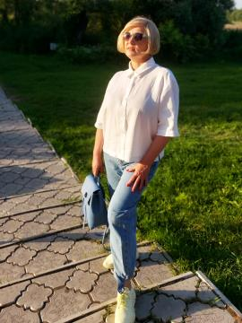 Фото товара: лляна сорочка біла. Вид 1.
