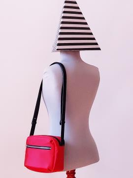 Фото товара: сумка через плече MAN-006-1 червоний. Вид 2.