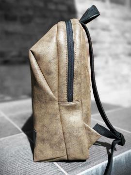 Фото товара: рюкзак MAN-001-4 хаки-никель. Вид 2.