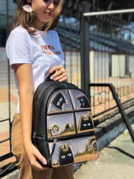 Шкільний рюкзак з вышивкою, модель 191541 чорний. Зображення товару, вид спереду.
