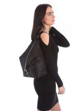 Модный рюкзак, модель 180022 черный. Изображение товара, вид сбоку.