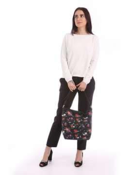 Женская сумка с вышивкой, модель 180004 черный. Изображение товара, вид сбоку.