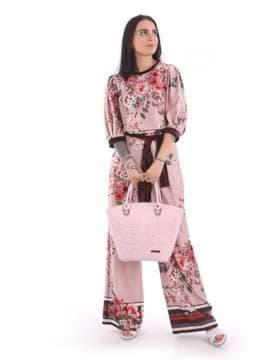 Летняя сумка с вышивкой, модель 180105 св. розовый. Изображение товара, вид сбоку.