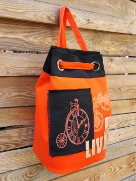 Фото товара: сумка-рюкзак 200253 оранжевий. Вид 2.