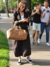 Дорожная сумка THE WORLD IS MINE alba soboni 212372 цвет коричневая . Фото - 1