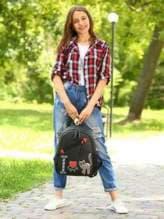 Брендовый рюкзак с вышивкой, модель 181542 черный. Изображение товара, вид спереди.