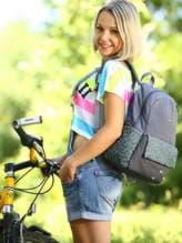 Брендовый рюкзак с вышивкой, модель 183854 серый. Изображение товара, вид спереди.