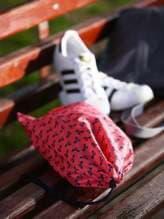 Женский мешочек для обуви, модель 183835 коралловый/серый. Изображение товара, вид спереди.
