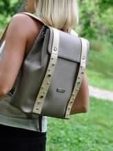 Школьный рюкзак, модель 191674 бронза. Изображение товара, вид спереди.