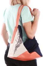 Летняя сумка с вышивкой, модель 190371 синий-оранжевый. Изображение товара, вид спереди.