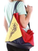 Летняя сумка с вышивкой, модель 190374 красно-синий. Изображение товара, вид спереди.