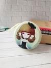 Модний чохол для навушників з дівчинкою аніме з капелюшком бузковий. Фото товару, вид 1